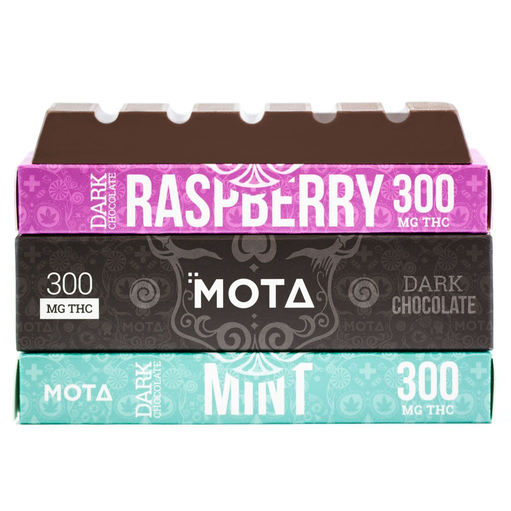 MOTA Dark Chocolate Bar 300mg THC (Mint) by Cannabisy - Image © 2018 Cannabisy. All Rights Reserved.